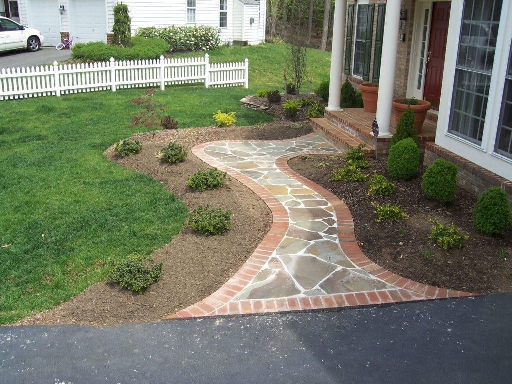 Red brick border with flares