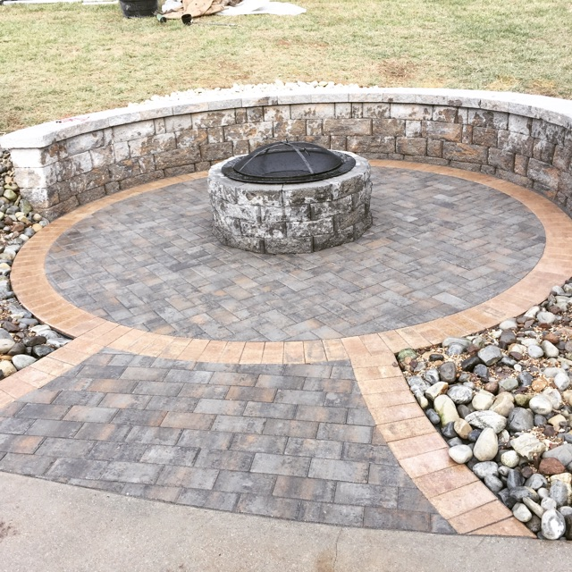 Sitting Wall Fire pit combo at Rothrock 4 (Deming Work 2016)